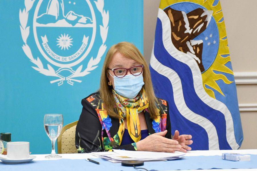 Santa Cruz adhirió al DNU y estableció un Índice de Riesgo Epidemiológico por localidad